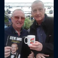 Dennis Taylor & Steve Davis - 2 of Snookers greatest players. Both champions and inspirational to todays newest players.